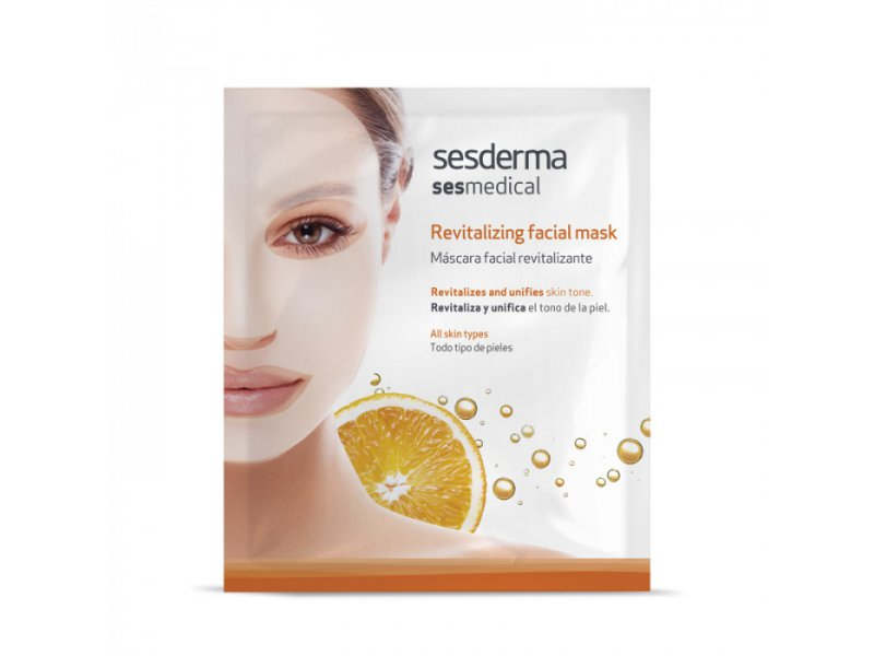 Revitalizing facial mask